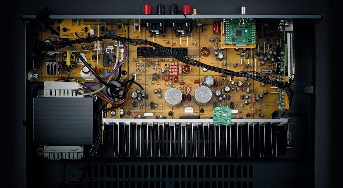 Vyspělé obvody, výkonný zvuk