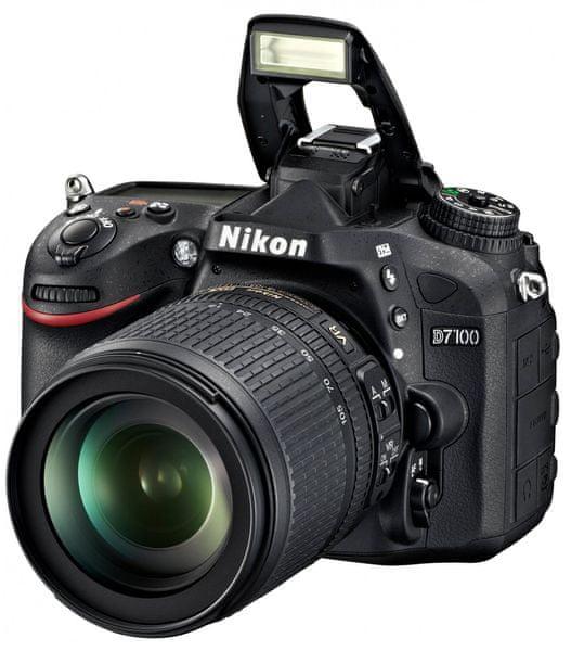Nikon D7100 + 18-105 AF-S DX VR