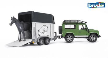 Bruder Land Rover s prikolico in konjem