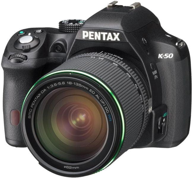 Pentax K-50 Black + DA 18-135 WR