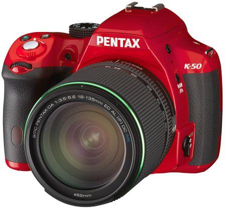 Pentax K-50 Red + DA 18-135