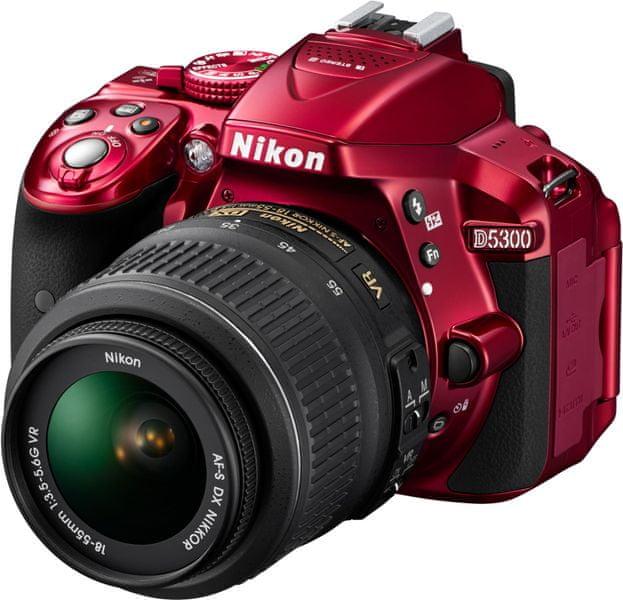 Nikon D5300 + 18-55 AF-P VR Red