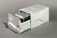 Durable Multimedijska škatla (5256)