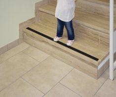 Reer Taśma antypoślizgowa na schody dla dzieci