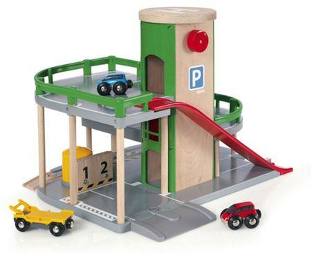 Brio parkirna hiša