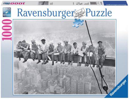 Ravensburger Rockefeller Centre – robotnicy na belce