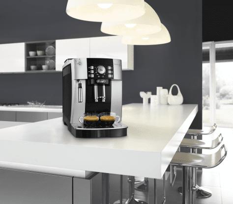 De'Longhi automatický kávovar ECAM 21.117.SB Magnifica S