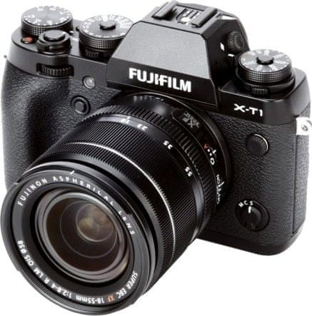FujiFilm X-T1 + XF 18-55 mm Black
