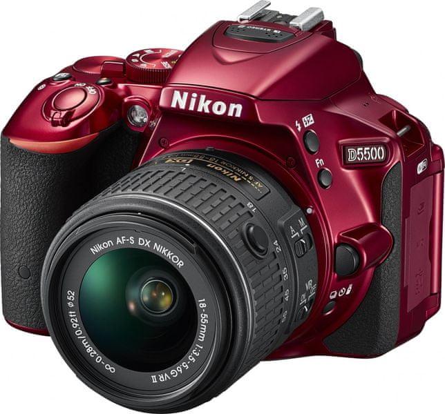 Nikon D5500 + 18-55 AF-P VR Red