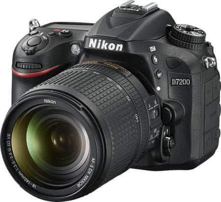 Nikon digitalni fotoaparat D7200 + 18-140 VR