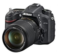 Nikon digitalni fotoaparat D7100 kit 18-140VR + Fatbox + filter Kenko
