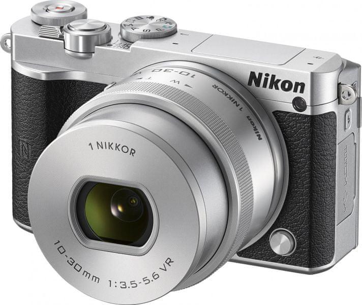 Nikon 1 J5 + 10-30 PD Silver