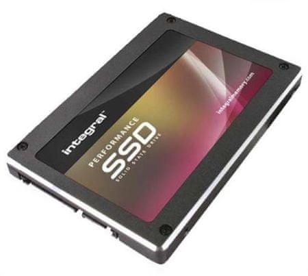 Integral SSD trdi disk 240 GB P Series 4 SATA3, 2.5