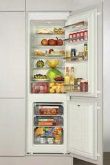 Amica vgradni kombinirani hladilnik BK316.3