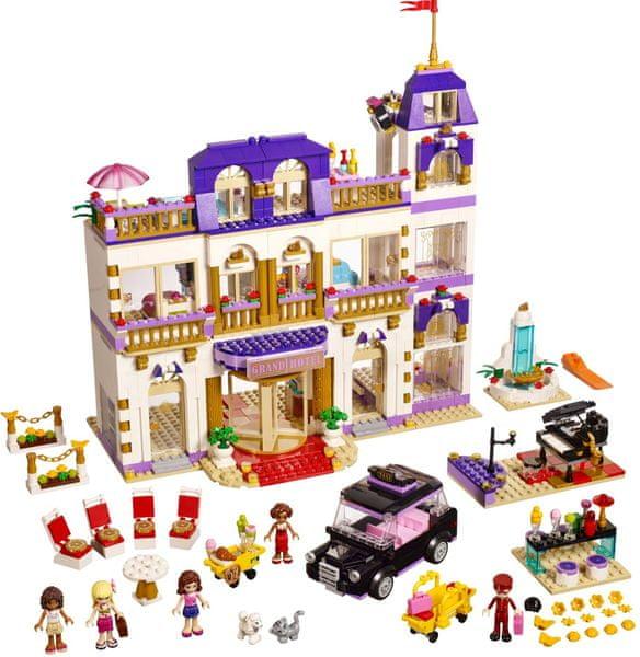 LEGO® Friends 41101 Hotel Grand v městečku Heartlake