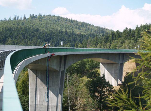 Poukaz Allegria - bungee Jumping z nejvyššího mostu v ČR Chomutov
