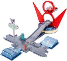 Mattel Cars set kardanová lhota Jump & Race Flo's V8