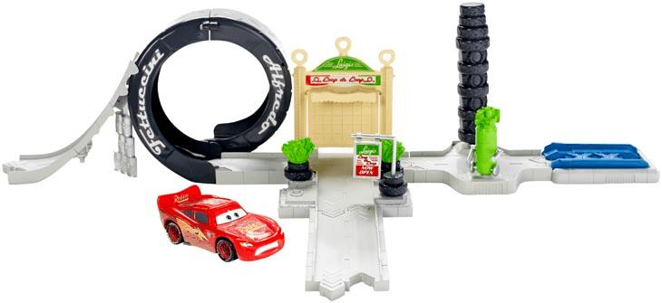 Mattel Cars set kardanová lhota Luigiho kaskadérská spirála