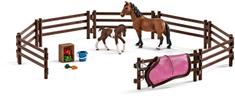 Schleich Ohrada s koníky a příslušenstvím