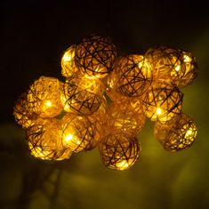 Retlux Dekorativní ratanové LED koule