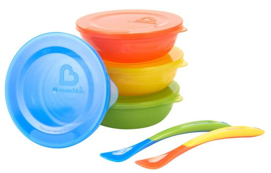 Munchkin Set barevných misek s víčky a lžičkami 10ks