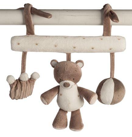Nattou igralo medvedek