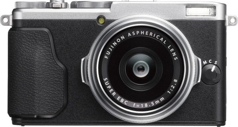 FujiFilm FinePix X70 Silver