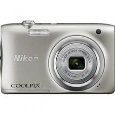 Nikon fotoaparat COOLPIX A100 + SD 8GB + torbica