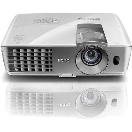 BENQ projektor W1070+, bel
