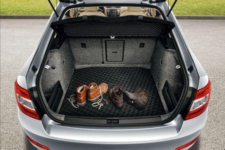 Rigum 101827M VW Sharan 2004- 5 ajtós Csomagtértálca 2 üléses