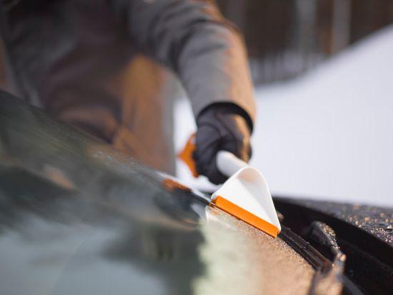 Fiskars škrabka na led SnowExpert 143062
