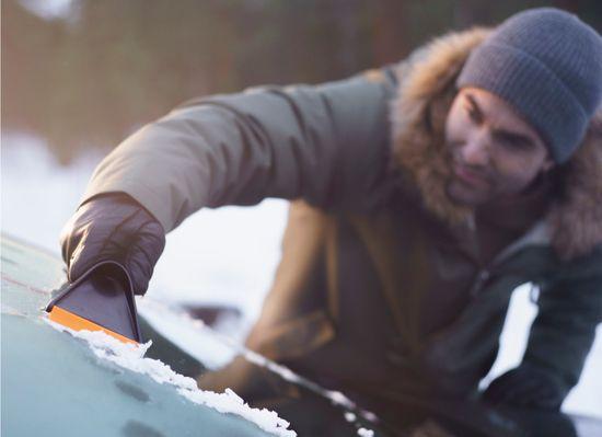 Fiskars strugalo za led Solid™ (143063)