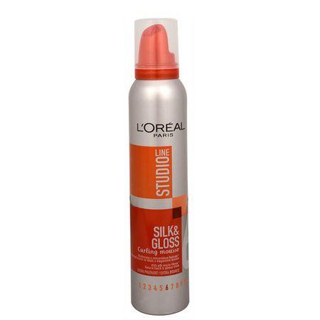 L'Oréal Pěna pro tvarovaní vln Studio Line (Silk&Gloss Curling Mousse) 200 ml