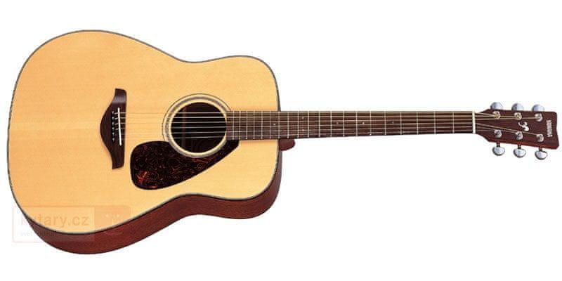 Yamaha F310 Akustická kytara
