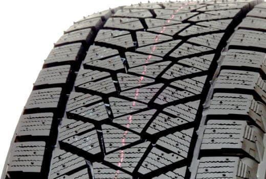 Bridgestone Blizzak DM-V2 215/60 R17 S96