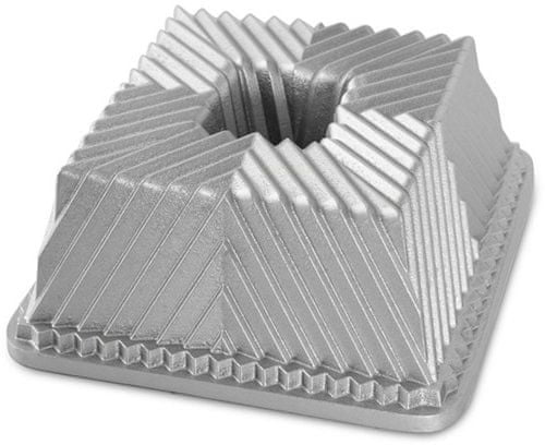 Nordic Ware Forma na bábovku Bavaria Cube