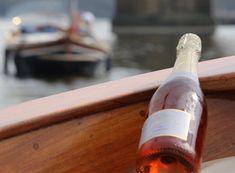 Allegria plavba po Vltavě s lahví šampaňského