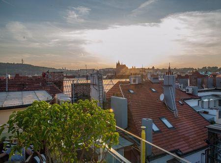 Poukaz Allegria - střešní vířivka s výhledem na Pražský hrad Praha