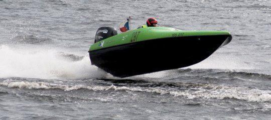 Poukaz Allegria - adrenalinová plavba po Vltavě pro dva