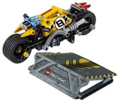 LEGO Technic 42058 Kaskaderski motor