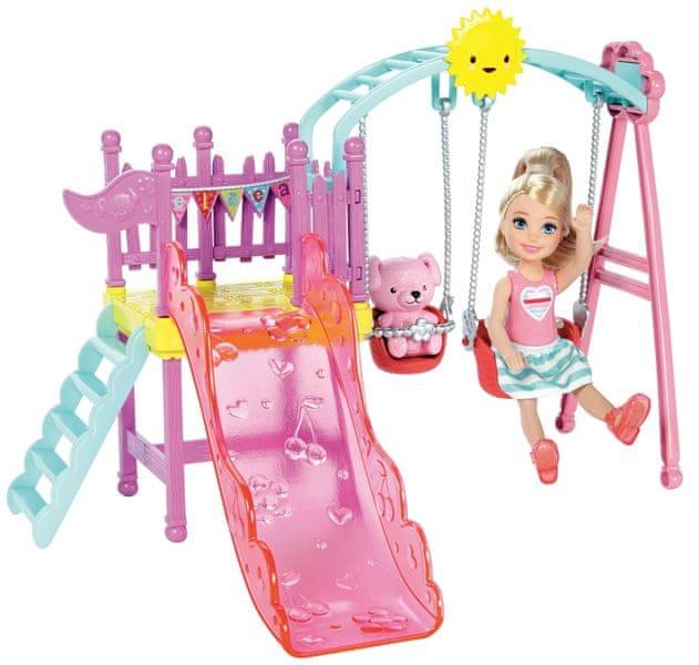 Mattel Barbie Víla Chelsea a doplňky houpačka