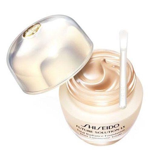 Shiseido Rozjasňující tekutý make-up SPF 20 Future Solution LX (Total Radiance Foundation) 30 ml