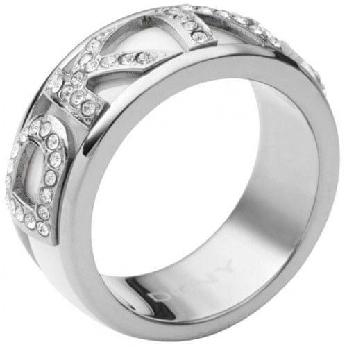 DKNY Prsten s krystalovým nápisem NJ1841040 (Obvod 50 mm)
