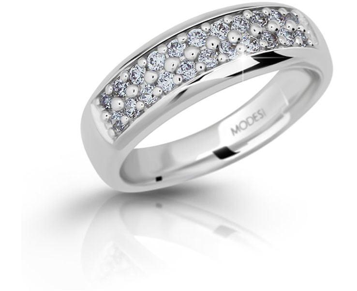 Modesi Třpytivý stříbrný prsten se zirkony M11083 (Obvod 56 mm)