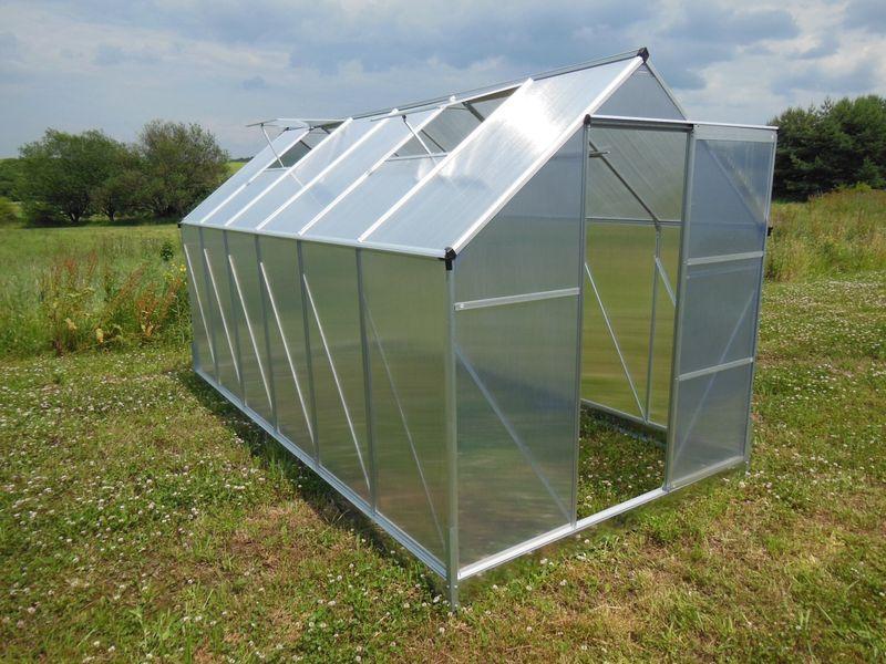 LanitPlast skleník LANITPLAST PLUGIN NEW 6x8 BASIC