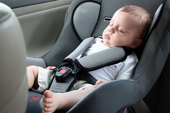 První autosedačku je třeba pořídit už pár dní po narození dítěte