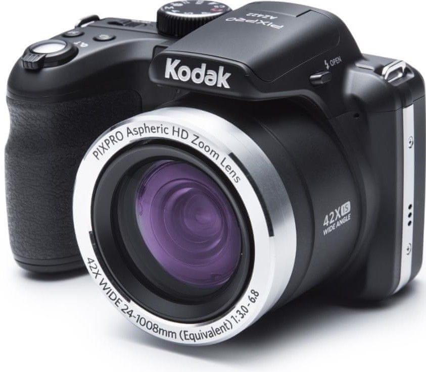 Kompaktní fotoaparáty s ultrazoomem