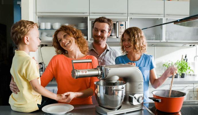 Pravilno izbran robot vam bo skrajšal in polepšal preživet čas v kuhinji.