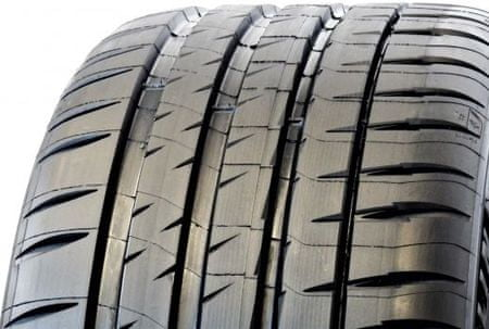 Michelin PILOT SPORT 4 S XL 235/40 R19 Y96