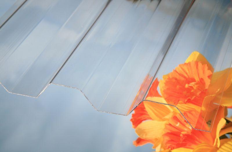 LanitPlast Trapézový polykarbonát Marlon CS síla 0,8 mm čirý 1,06x5 m